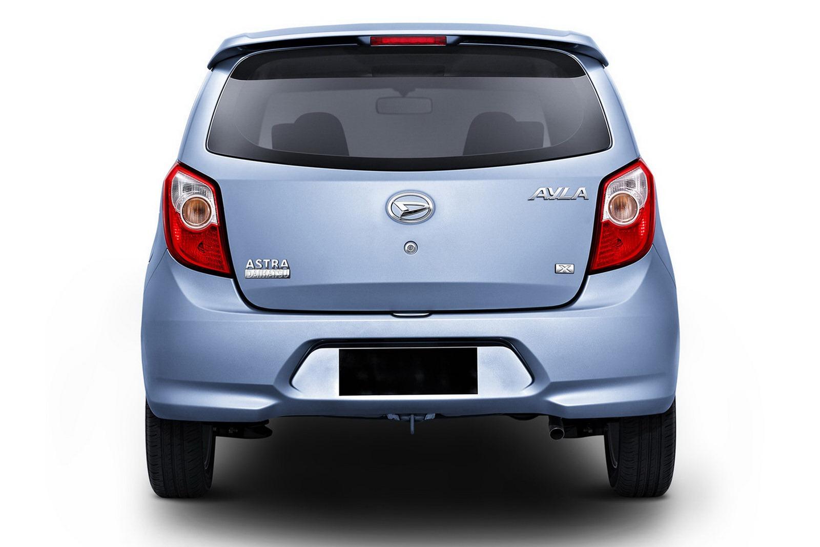 1392352880daihatsu-ayla-and-toyota-agya-sister-cars-launched-at